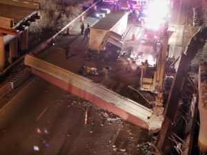 This is an overhead view of the accident that shut down the highway.  Photo courtesy of Patrick Reddy of USA Today.