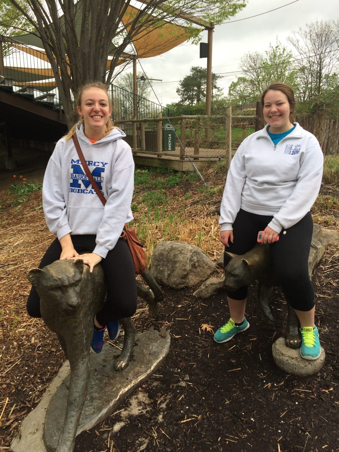 Emma and Erin '16 take a ride on the world's fastest land animal!