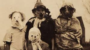 1920 was the decade where no on wanted to buy a costume, so they all just dressed like scarecrows, as you can see their costumes were a burlap sack over head, loosely tied around the neck (definitely not recommended) with holes cut for the eyes, nose, and mouth.
