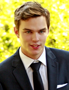 Deep blue eyes and mysterious smirk...perfect for Finch! Too bad Nicholas Hoult had to go through a little thing called growing up. *sighs*