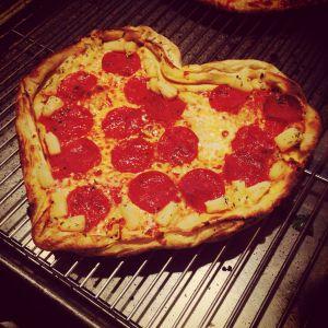Photo Courtesy http://www.glassdoor.com/Reviews/Blaze-Pizza-Reviews-E694154.htm